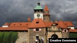 Замок Боузов на северо-востоке Чехии один из объектов, возврата которых добивается Тевтонский орден