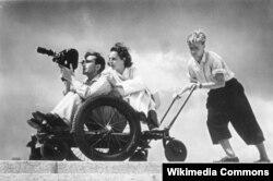 """Riefenstahl """"Olimpia"""" filmini çəkərkən"""