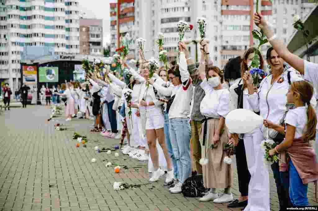 Акція розтягнулася від перехрестя вулиць Хоружей – Куйбишева до Будинку меблів