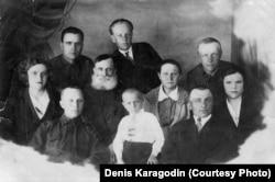 Семья Карагодиных, Томск, 1937