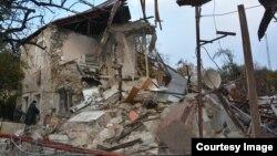 Разрушенный в результате ракетного обстрела дом в Степанакерте, осень 2020 г․