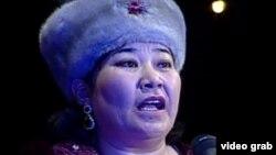 Айтыс ақыны Маржан Еcжанова. Шымкент, 16 наурыз 2012 жыл.