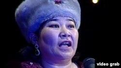 Айтыс ақыны Маржан Еcжанова. Шымкент, 16 наурыз 2013 жыл.