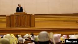 Sekretari i Përgjithshëm i OKB-së, Ban Ki-mun në parlamentin e Birmanisë