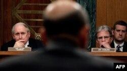 На слушаниях в Сенате по делу Goldman Sachs, 27 апреля 2010 г.