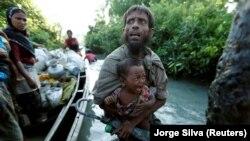 Мусульманские беженцы народа Рохинья из Мьянмы