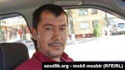 Известный в Узбекистане журналист и футбольный комментатор Хайрулла Хамидов.