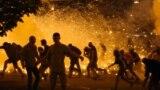 Протест в Минске после выборов, в ночь на 10 августа.