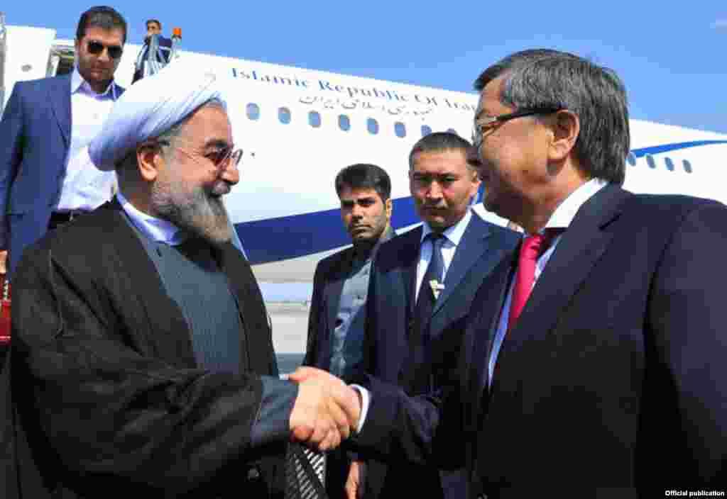 """Как сообщили """"Азаттыку"""" в посольстве Ирана в Бишкеке, Роухани планирует встретиться с президентом РФ Путиным и лидером КНР Си Цзиньпинем"""