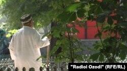Пожилой человек в Таджикистане. Иллюстративное фото.
