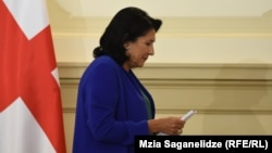 За решение о моратории президента с самого начала критикуют грузинские правозащитники