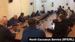 Заседание парламента Абхазии из-за госпитализации Бжания
