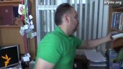 ФСБ ранним утром наведалось с обыском к члену Меджлиса