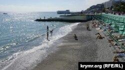 Ілюстраційне фото: пляж Алушти