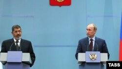موسكو 19 نيسان المؤتمر الصحفي المشترك للرئيس الروسي بوتين والمصري محمد مرسي