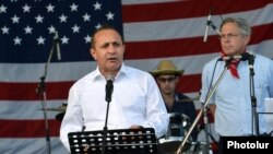 Armenia - Prime Minister Hovik Abrahamian delivers a speech during an Independence Day reception at the U.S. Embassy in Yerevan, 2Jul2014.