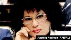 Народная артистка Азербайджана, депутат парламента Зейнаб Ханларова