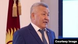 """Бейшеналы Нурдинов. Жогорку Кеңештин депутаты, """"Кыргызстан"""" фракциясынын мүчөсү."""