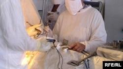 Некоторые операции врачи вынуждены проводить даже в беспрецедентную жару