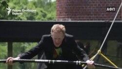 На 69 години е витален одач на јаже
