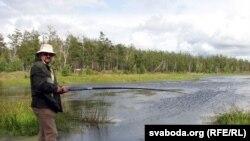 Аўтар на возеры Арахлей