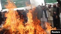 ავღანეთი, 13 მარტი: დემონსტრაცია ჯალალაბადში