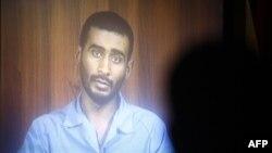 سجين سعودي متهم بقضايا إرهابية في العراق يقدم إعترافاته في تسجيل تلفزيوني
