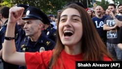 Накануне апелляционный суд освободил еще 16 человек, задержанных во время беспорядков в центре Тбилиси