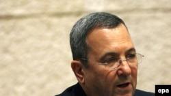 اهود باراک، وزير دفاع اسرائيل، می گوید :اسرائيل از گزينه نظامی علیه ايران چشم پوشی نمی کند. (عکس از EPA)