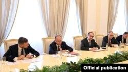 Armenia - The foreign ministers of Austria, Lithuania and Romania meet with Armenian President Armen Sarkissian, Yerevan, June 25, 2021.