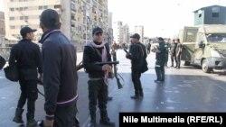 بعد هجوم بالقنابل عند كبري الجيزة في القاهرة في شباط 2014