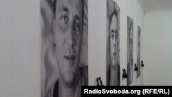 Виставка «Війна. 11 портретів» в одеському Музеї сучасного мистецтва