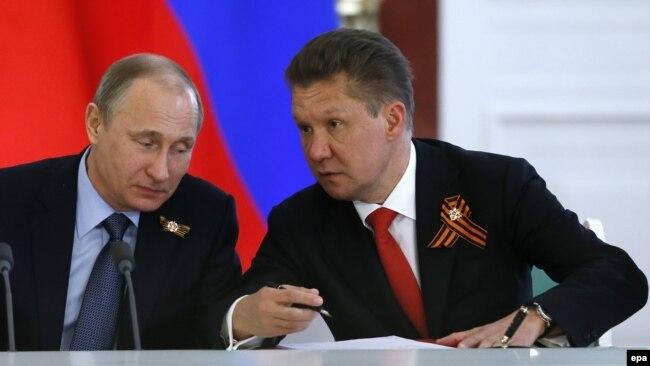 Президент Росії Володимир Путін (ліворуч) і керівник російського «Газпрому» Олексій Міллер (архівне фото)