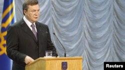 Президент Віктор Янукович під час урочистого звернення до нації, Київ, 3 червня 2010 року