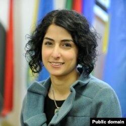 تارا سپهری فر،دبیر سابق انجمن اسلامی دانشگاه شریف