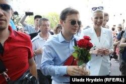 Сябры аб'яднанага штабу Антон Раднянкоў і Марыя Калесьнікава
