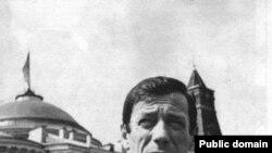 """Дмитрий Савицкий: «Отношение Ива Монтана к компартии и к кремлевскому режиму стало меняться лишь после пражских событий 1968-го года». [Фото — <a href=""""http://www.frmusique.ru/"""" target=""""_blank"""" >«Французская музыка»</a>]"""