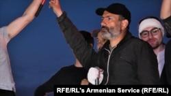 Лідер опозиції Нікол Пашинян