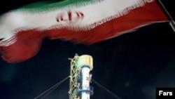 نخستين ماهواره تجارتی ايران در سال ۲۰۰۵ با يک موشک روسی به فضا پرتاب شد.(عکس: فارس)