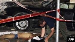 Террорист направил BMW черного цвета на прохожих