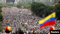 La Caracas, 19 aprilie 2017