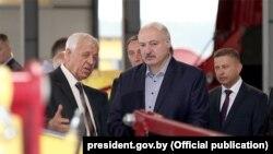 Олександр Лукашенко відвідує Ів'євський район 21 серпня 2019 року