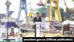 Президент України Володимир Зеленський на заводі «Палада» в Херсоні, 20 серпня 2020 року