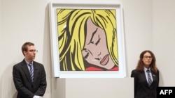 Рой Лихтенштейннің «Ұйықтап жатқан ару», картинасы Sotheby's көрме-аукционында тұр. 9 мамыр 2012 жыл. (Көрнекі сурет)