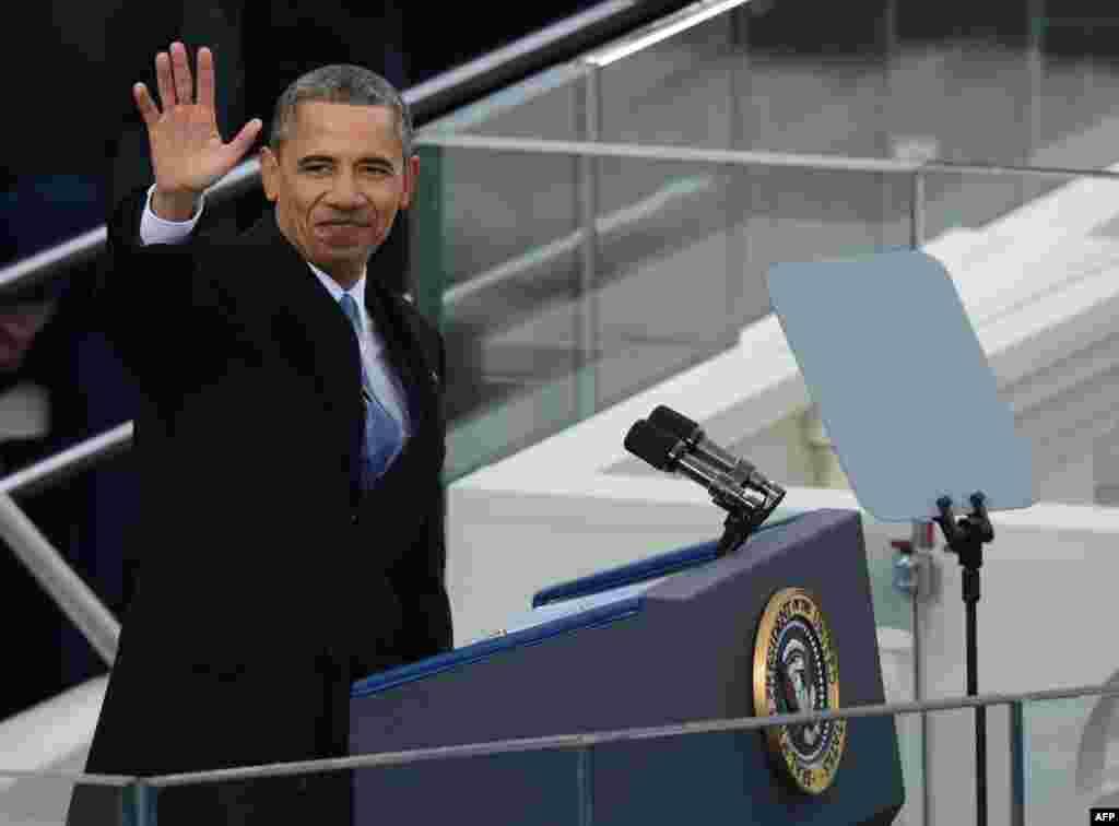 Президент Барак Обама лауреат Нобелевской премии мира 2009 года