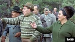 Leonid Brežnjev sa Titom i Jovankom