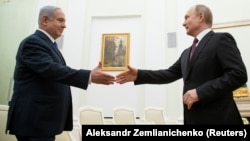 Takimi ndërmjet kryeministrit izraelit, Benjamin Netanyahu dhe presidentit rus, Vladimir Putin. Moskë, 4 Prill