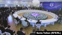 Під час саміту прикаспійських держав, Актау, 12 серпня 2018 року