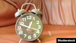 Ceas deșteptător (@Shutterstock).