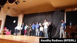 Əsa teatrının tamaşası.